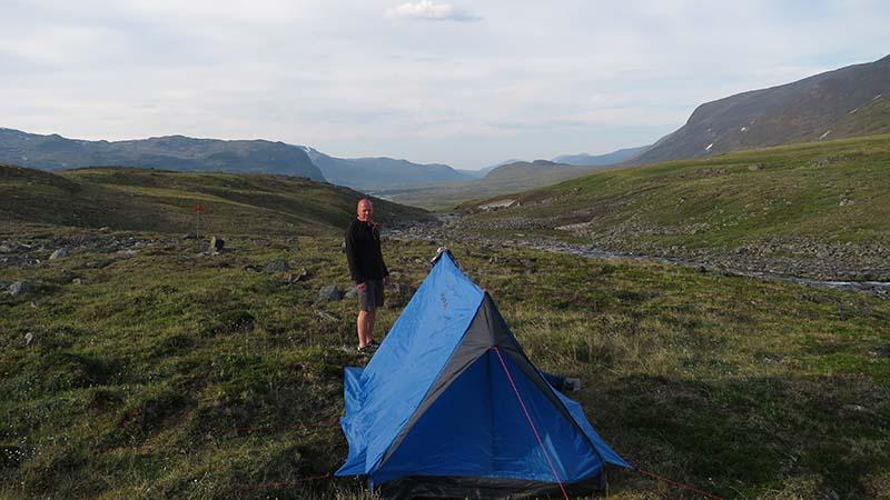 Классическая палатка для туризма