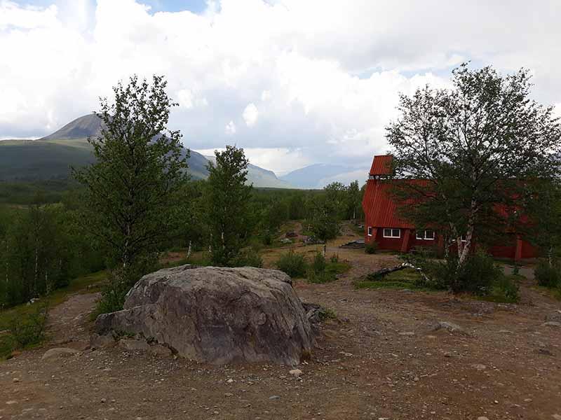 старинная церковь в nikkaluokta