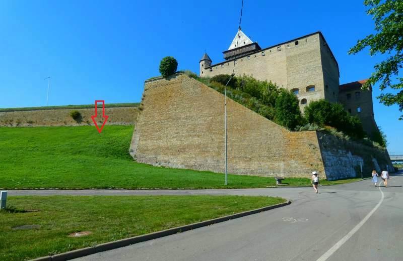 Замок Германа со стороны реки