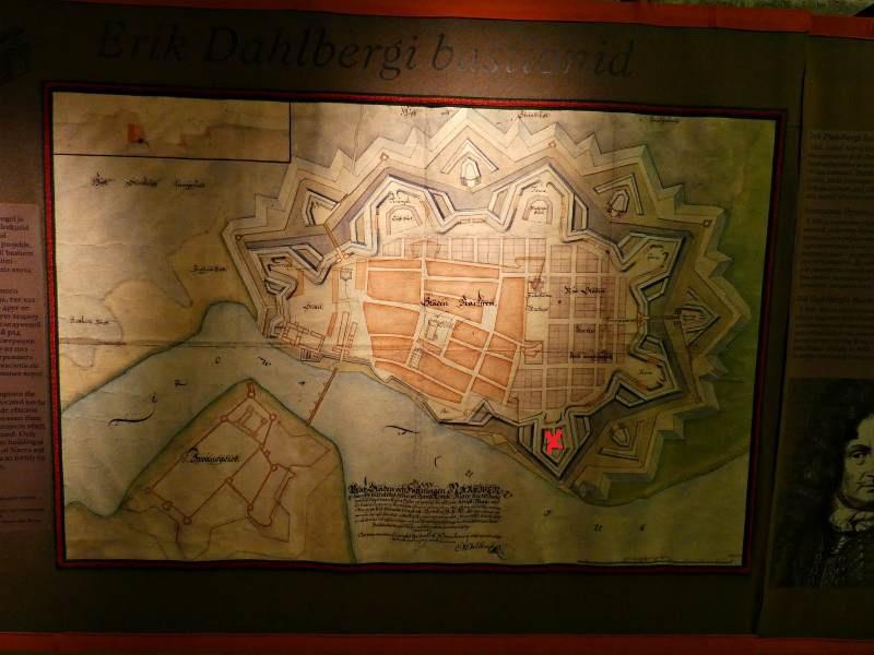 карта фортификационных сооружений старой нарвы